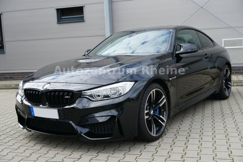 BMW M4 Coupé Performance Navi Leder Carbon SHZ LED
