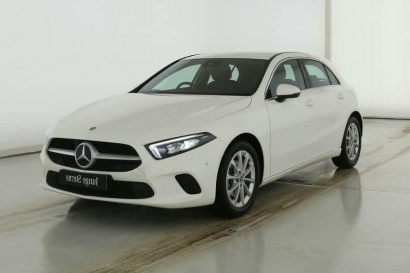 Mercedes-Benz A 200 DCT Progressive Line MBUX LED