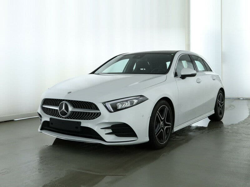 Mercedes-Benz A 250 AMG Line MBUX LED Toit Panoramique