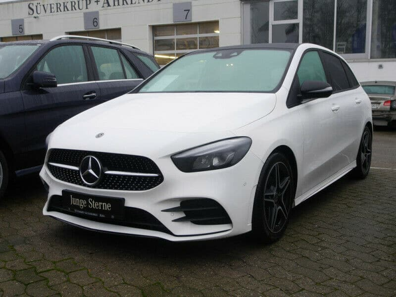 Mercedes-Benz B 200 AMG Line Night MBUX LED Pano Parktronic