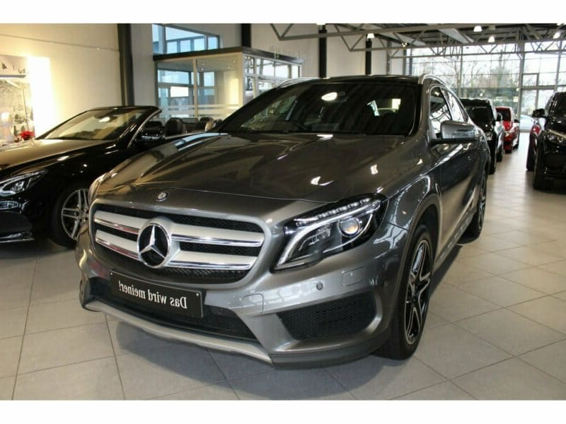 Mercedes-Benz GLA 220 d AMG LED Toit Panoramique