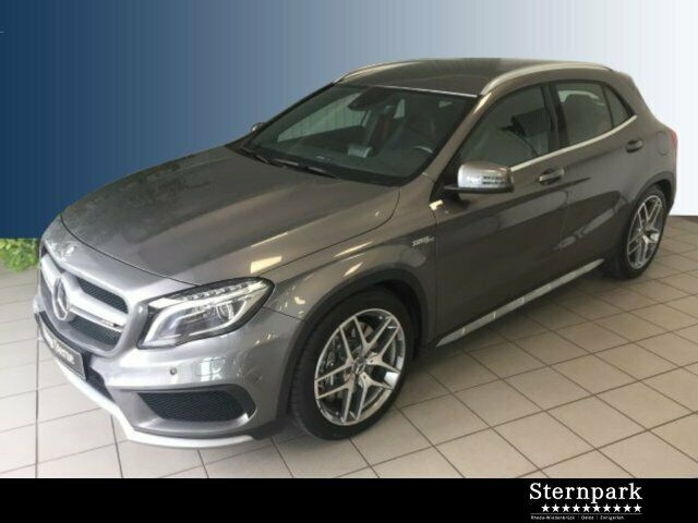 Mercedes-Benz GLA 45 AMG 4Matic JA19 Distronic