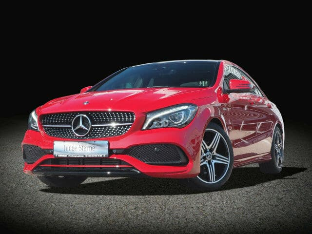 Mercedes-Benz CLA 250 Sport AMG Line Toit panoramique LED GPS PTS