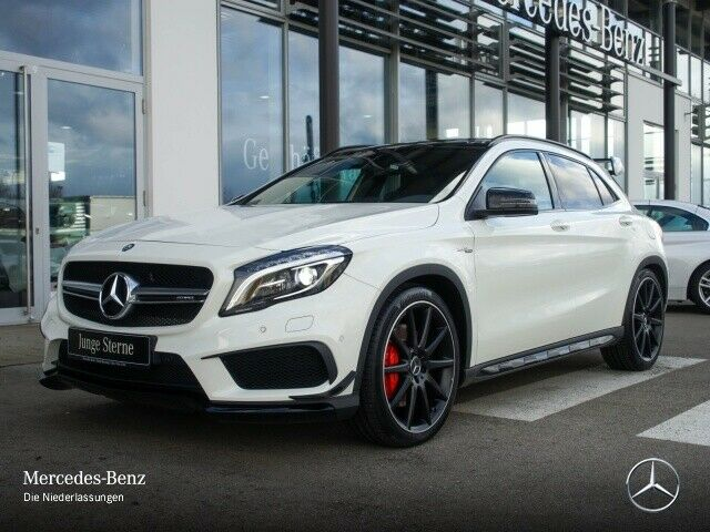 Mercedes-Benz GLA 45 AMG 4M TO PACK AERO
