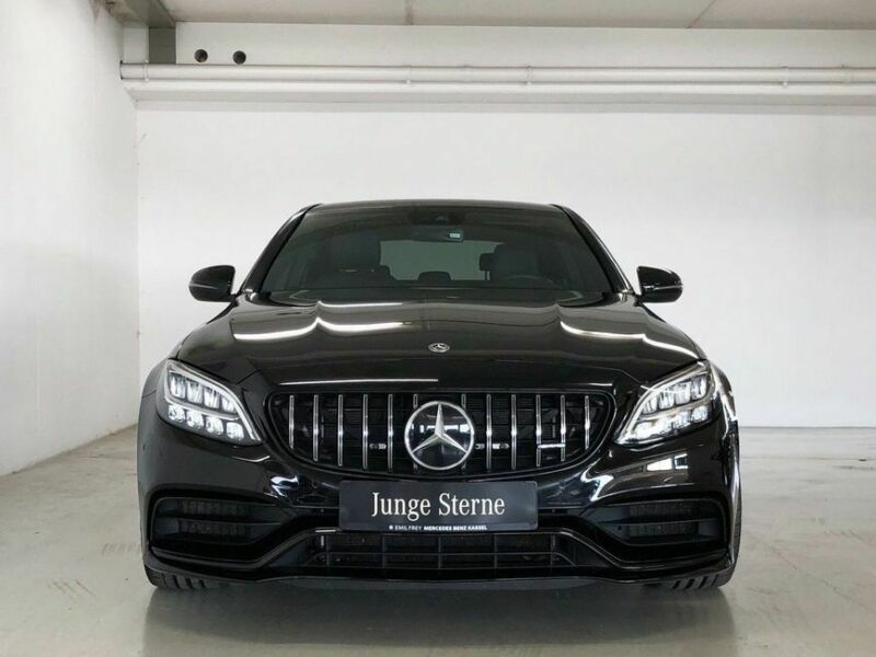 Mercedes-Benz C 63 AMG+Night+COMAND+LED+SYSTEME ECHAPPEMENT SPORT