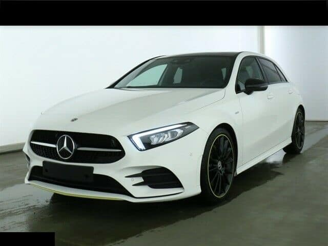 Mercedes-Benz A 250 AMG Line Edition 1 / Toit pano / MBUX